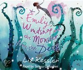 9780763660185 - Liz Kessler - Emily Windsnap and the Monster from the Deep