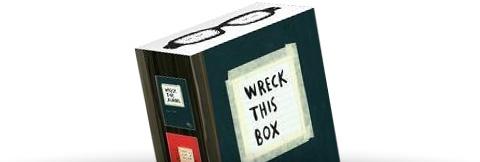 Creatieve cadeaubox met o.a. de populaire Wreck This Journal.